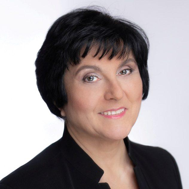 Karine Oganisjana